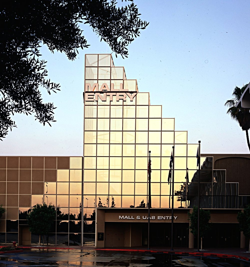 4 x 5 Mall Entry001.jpg
