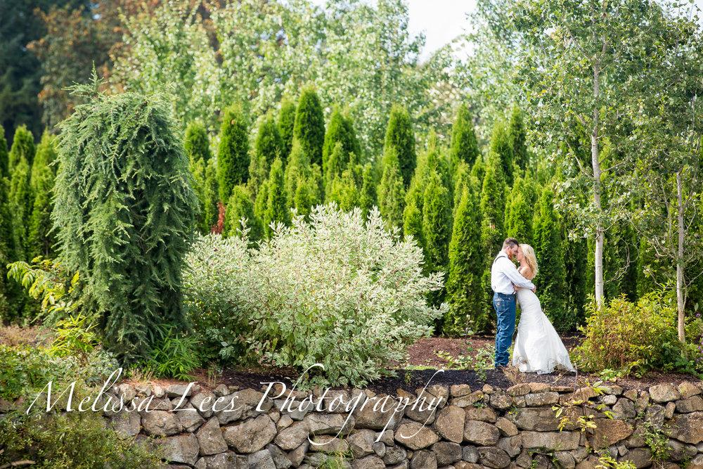 Melissa lees rockery pond smith wedding.jpg