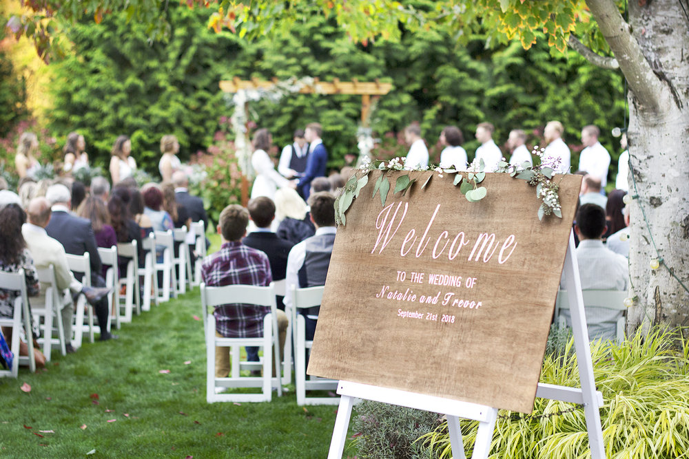 reduced_pc_events_amsberry_trevor_natalie_grass_ceremony_wedding.jpg