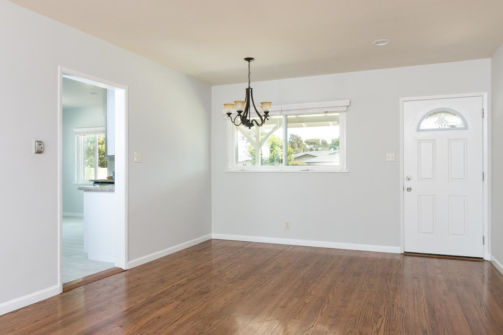 6901 Norton Ave-large-007-6-Dining Room-1500x1000-72dpi.jpg