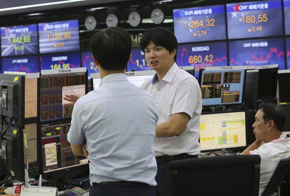 asian traders.jpg
