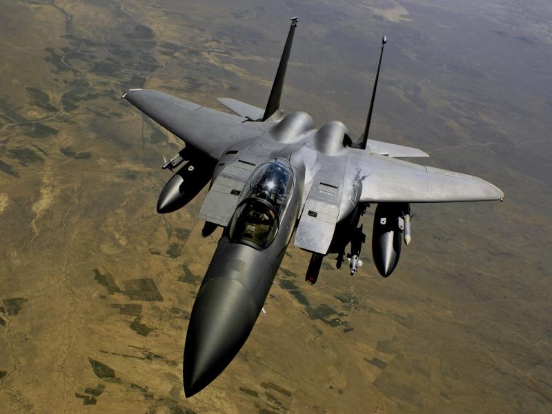 F15-Jet-Fighter-800x600.jpg