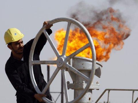 oil-worker-flame-fire.jpg