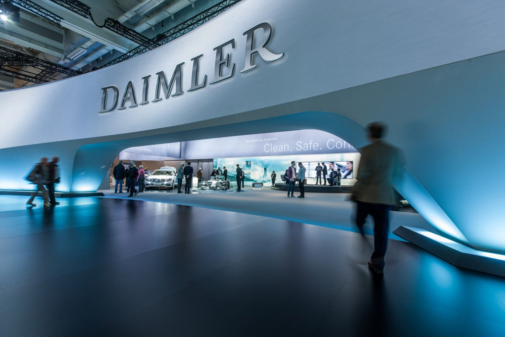 daimler_meeting_01.jpg