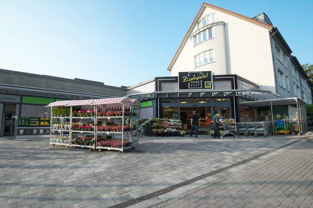 frischecenter-zurheide-feine-kost-essen-frankenstrasse-eingang.jpg