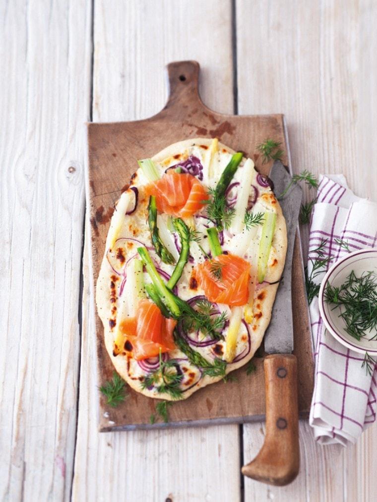 Spargelpizza mit Lachs - Unser Zubereitungs-Tippzur Spargelsaison