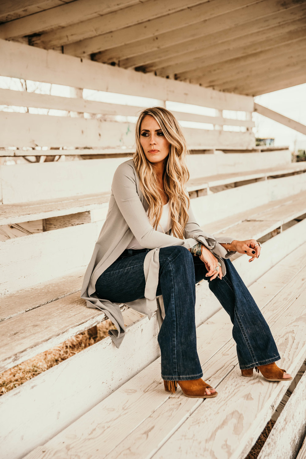 Miss. Miller's Photography | Kimes Ranch Jeans | Whintey Benton | Western Couture | Western Jeans | Western Fashion | Spring western fashion | rodeo fashion