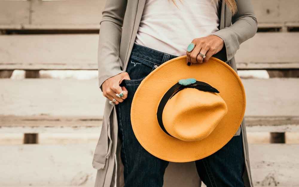 Miss. Miller's Photography | Kimes Ranch Jeans | Yellow Felt western hat | tourqious hat fashion | tourqious jewlery | Western Couture | Cowgril Fashion