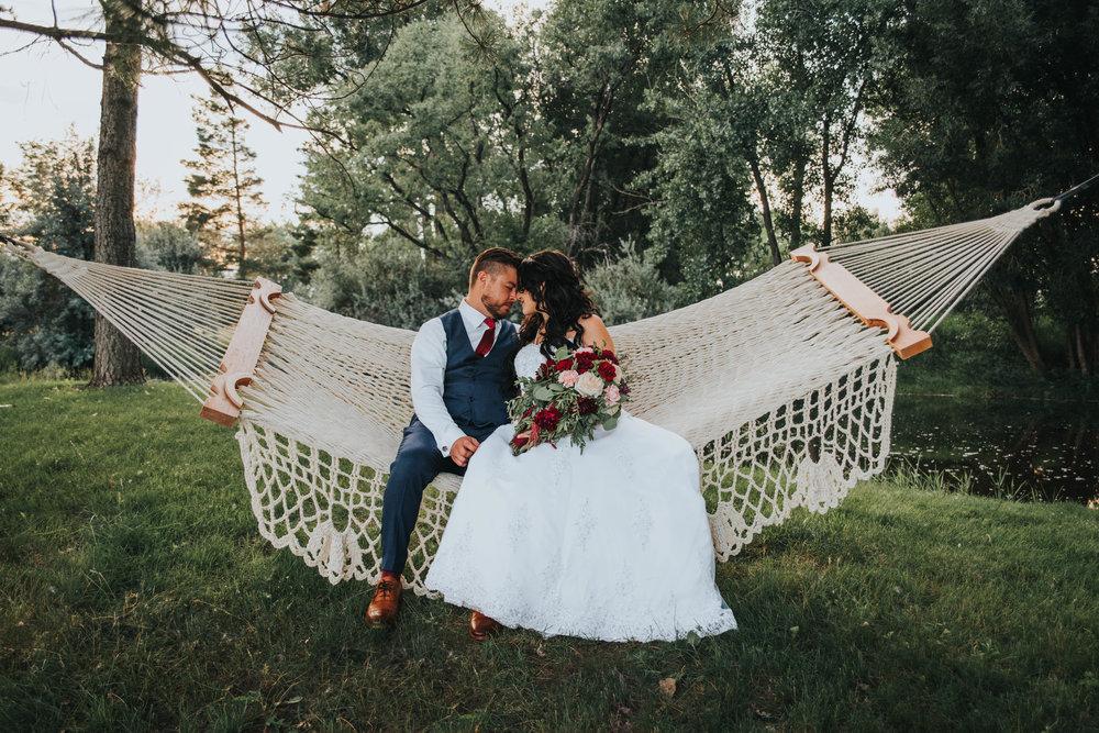 Colorado Wedding Photographer | Colorado Backyard Wedding