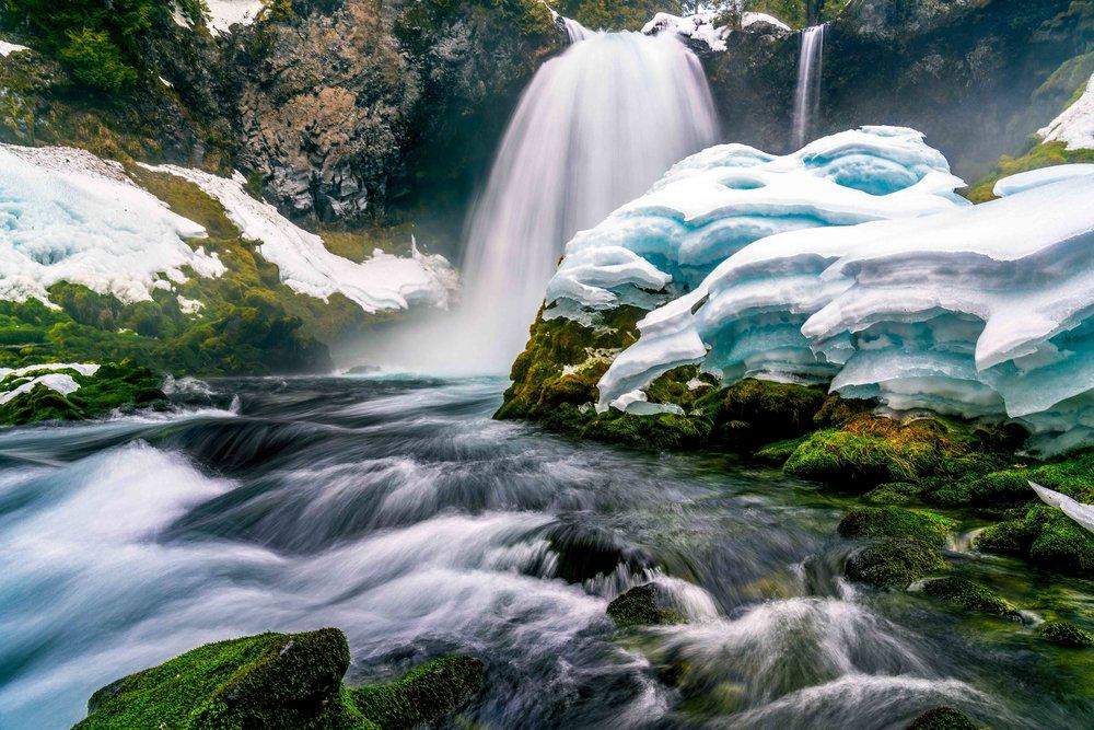 Thaw  McKenzie River, Oregon