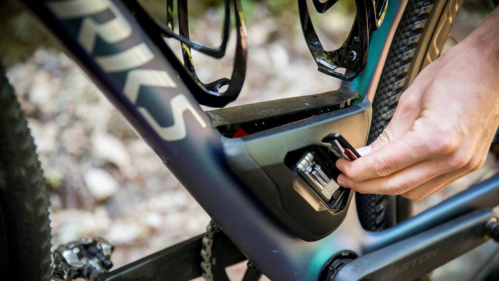 s-works-diverge-bike-by-specialized.jpg