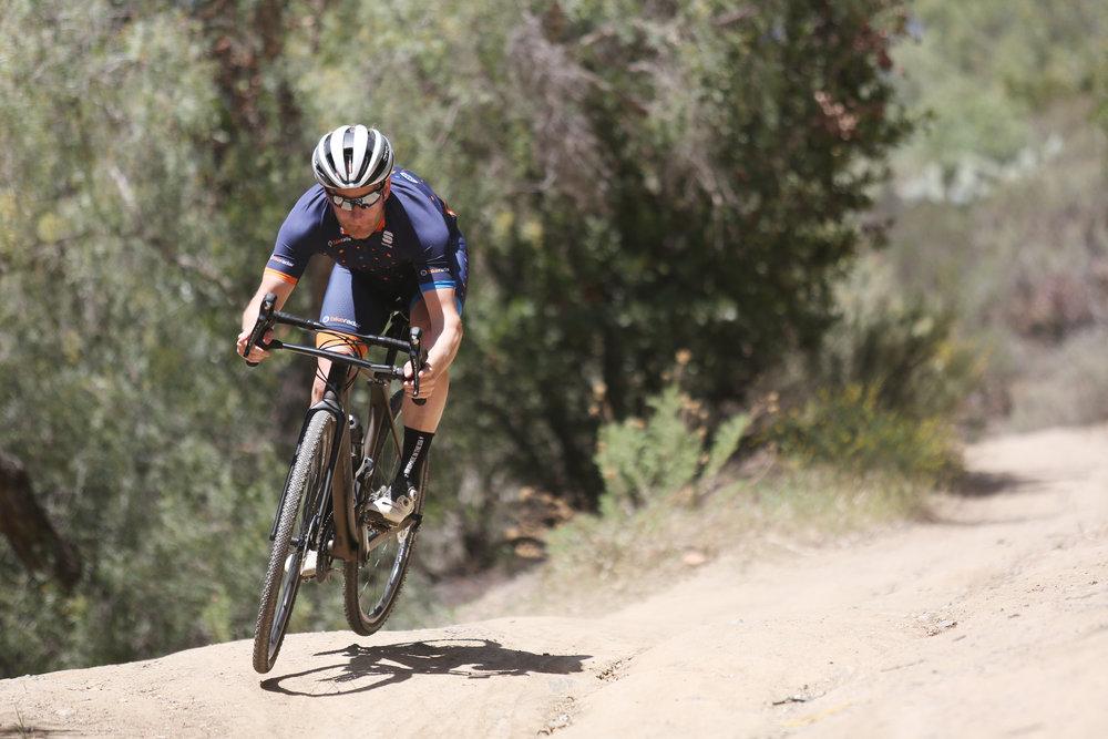 Josh Patterson, Bike Radar's US Tech Editor, takes a confident downhill turn in the drops