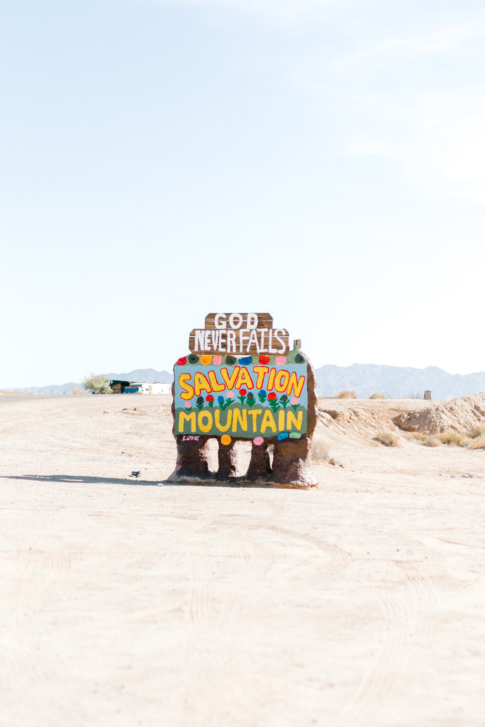 Jessica Sgubin Photography Atlanta Portrait photographer los angeles la salvation mountain greenhouse cactus garden moorten botanical garden cabazon dinosaurs santa monica joshua tree-1-5.jpg