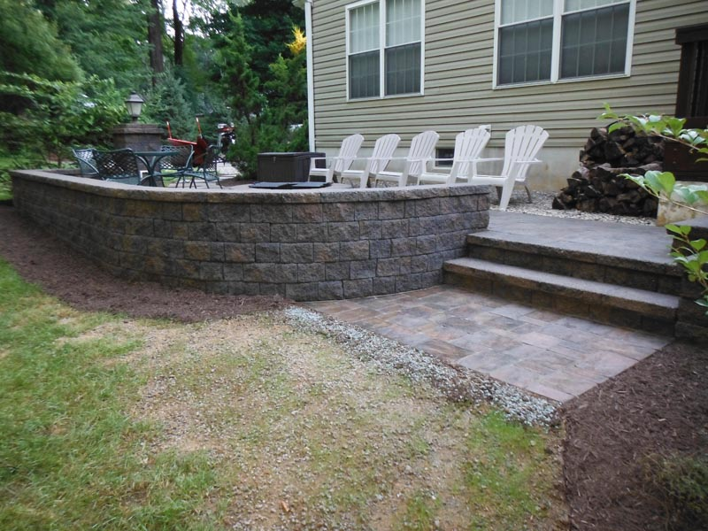 Raised Patio 2015 (4).jpg