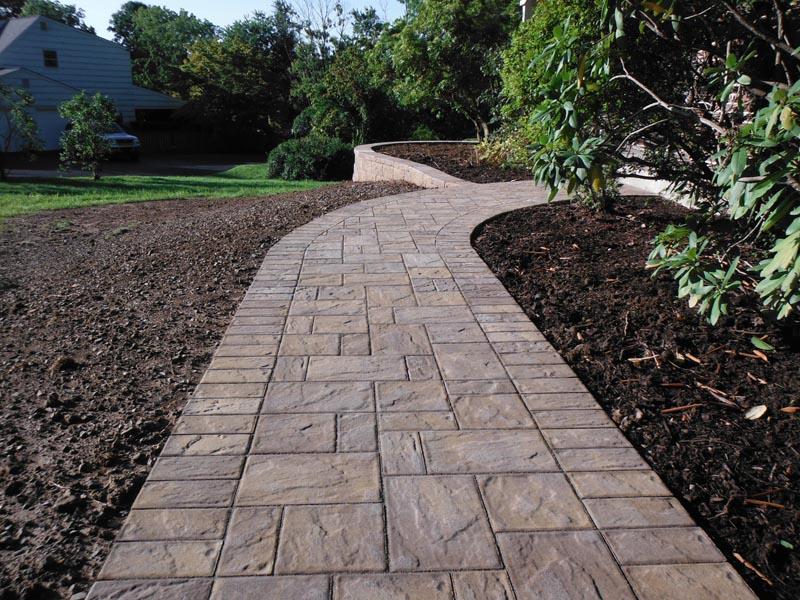 Concrete Paver Walkway 2018 (2).jpg