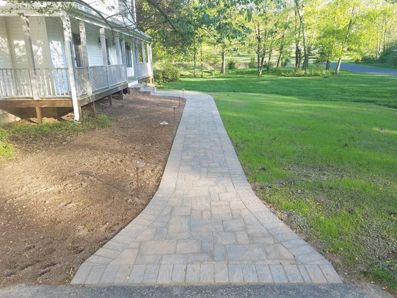 Concrete Paver Walkway 2017 (4).jpg