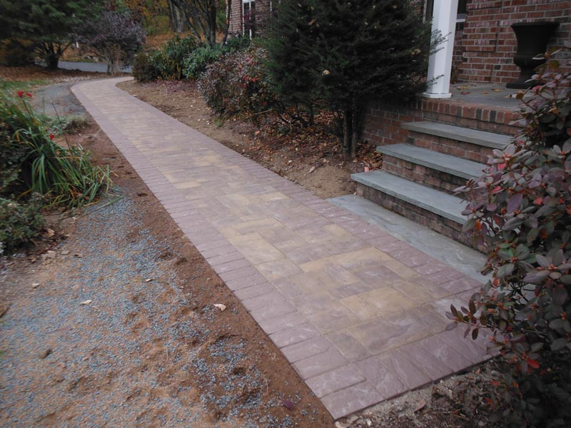 Concrete Paver Walkway 2016 (2).jpg