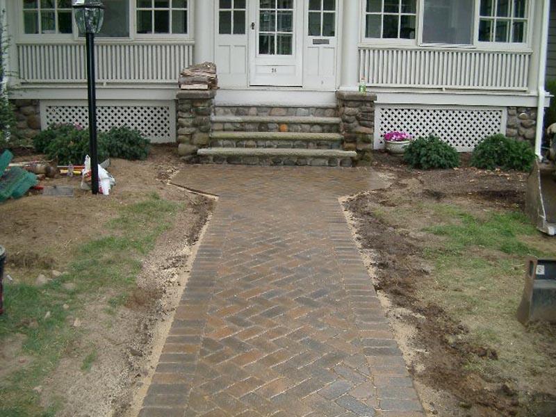 Concrete Paver Walkway 2014 (7).jpg