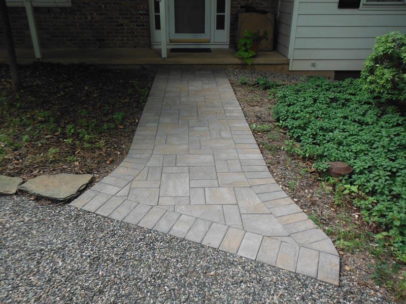 Concrete Paver Walkway 2013 (5).jpg