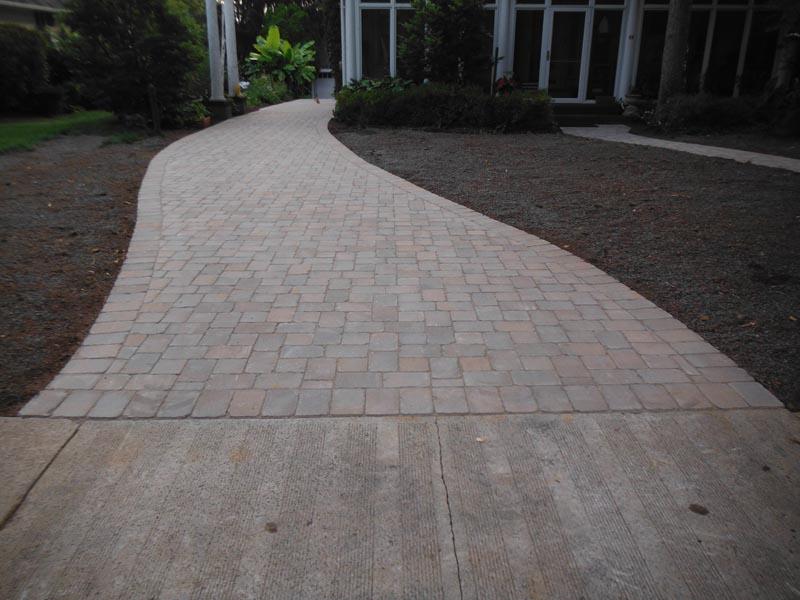 Concrete Paver Driveway 2014 (2).jpg