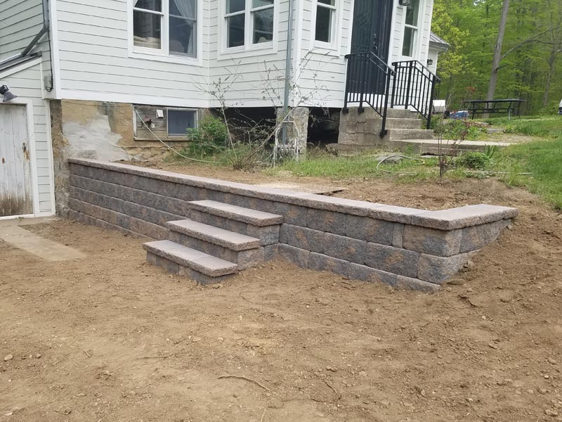 Segmental Retaining Walls 2017 (3).jpg