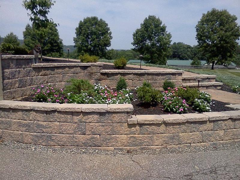 Segmental Retaining Walls 2013 (17).jpg