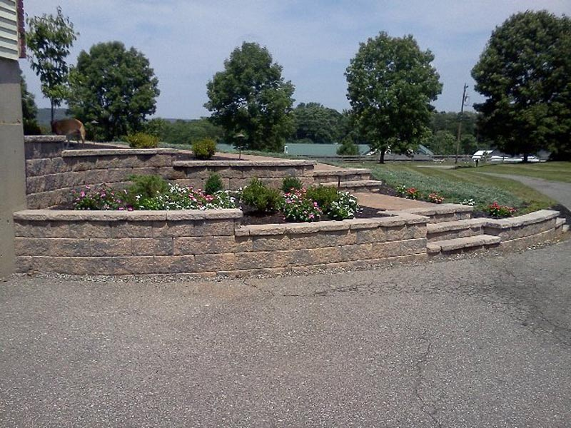 Segmental Retaining Walls 2013 (16).jpg