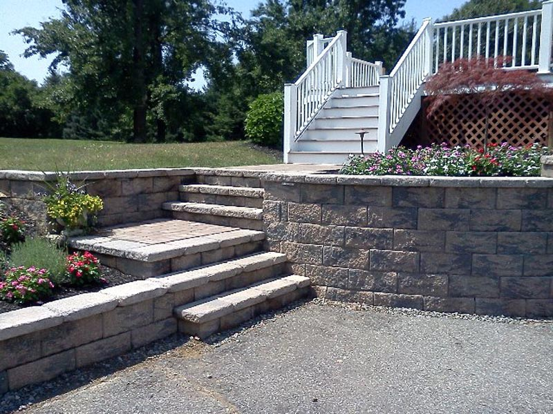 Segmental Retaining Walls 2013 (15).jpg