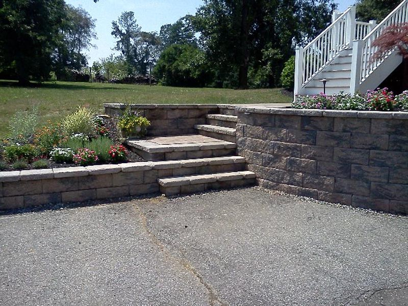 Segmental Retaining Walls 2013 (14).jpg