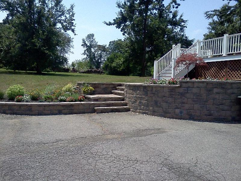 Segmental Retaining Walls 2013 (13).jpg