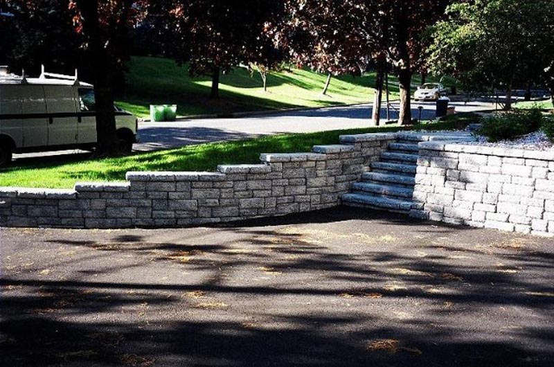 Segmental Retaining Walls 2013 (10).jpg