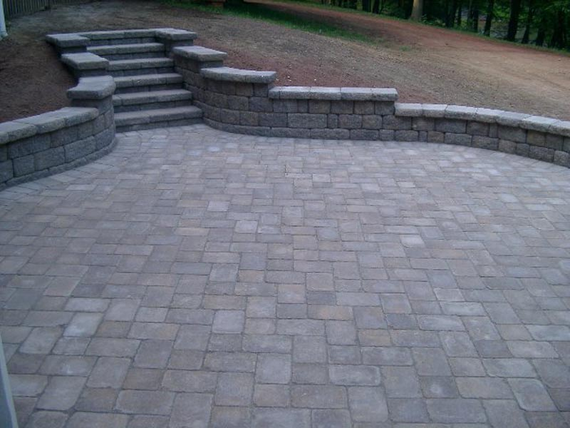 Segmental Retaining Walls 2013 (8).jpg