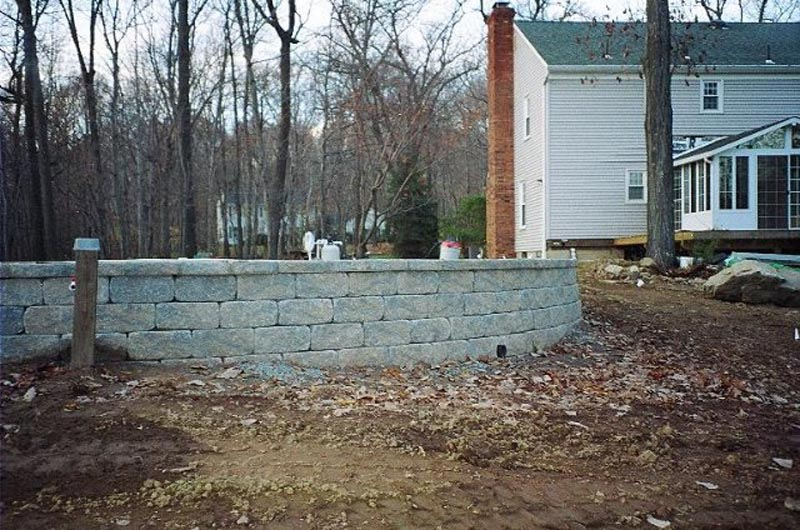 Segmental Retaining Walls 2013 (3).jpg