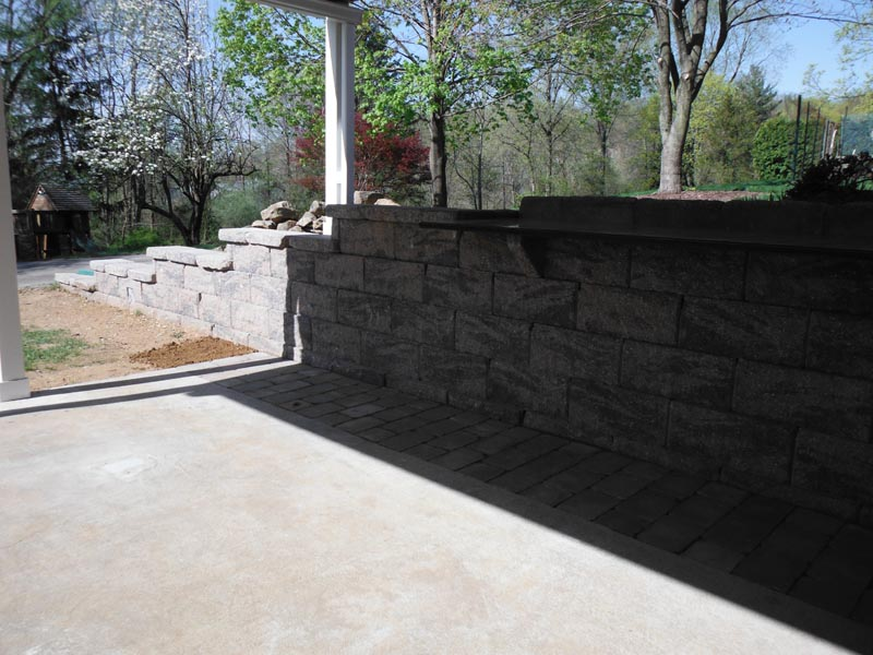 Segmental Retaining Walls 2012 (6).jpg