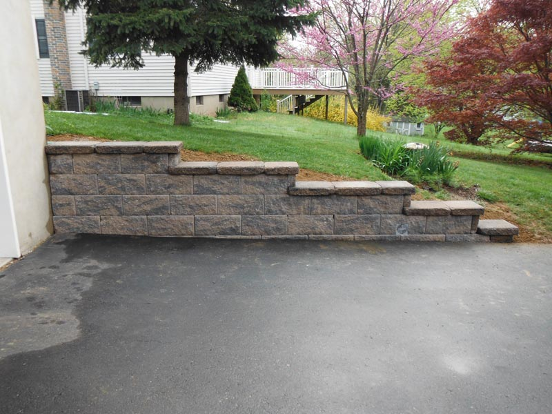 Segmental Retaining Walls 2012 (5).jpg