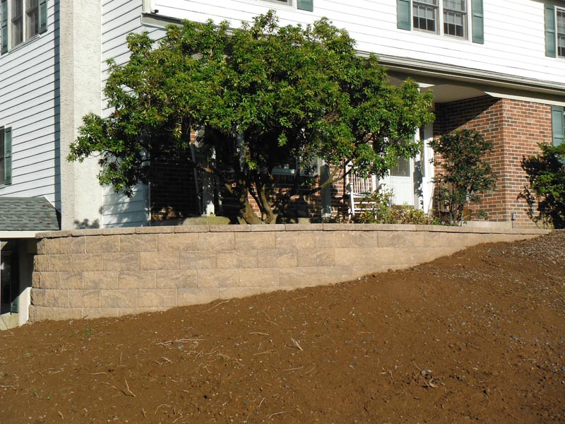 Segmental Retaining Walls 2012 (2).jpg