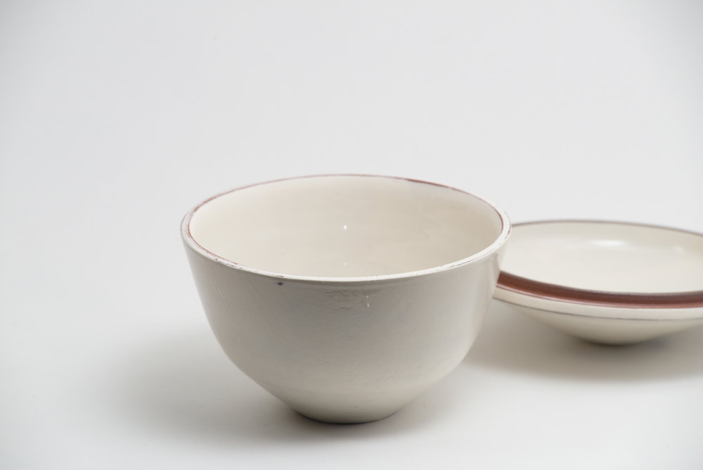 leanicolas_ceramic_lidded_bowl_1b