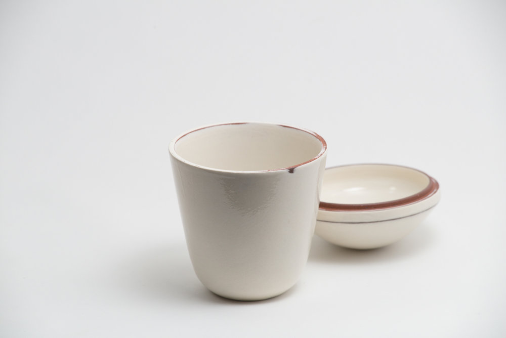 leanicolas_ceramic_lidded_bowl_2b