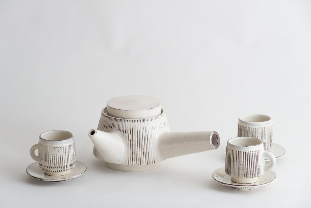 leanicolas_ceramics_tea_teapot_cup_2.jpg