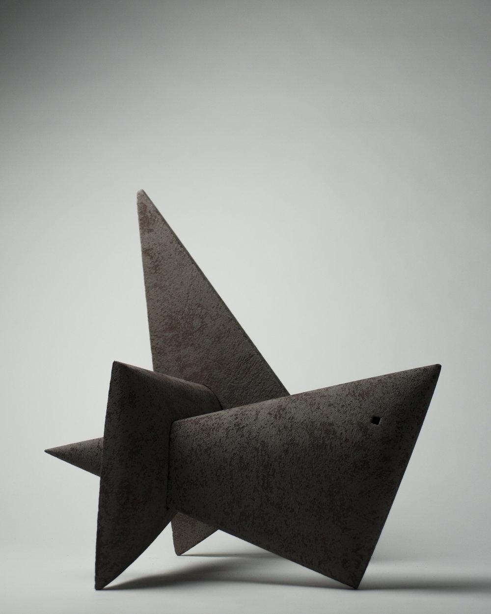 Figure en équilibre #3, 2017 - 17 x 16½ x 16½ in