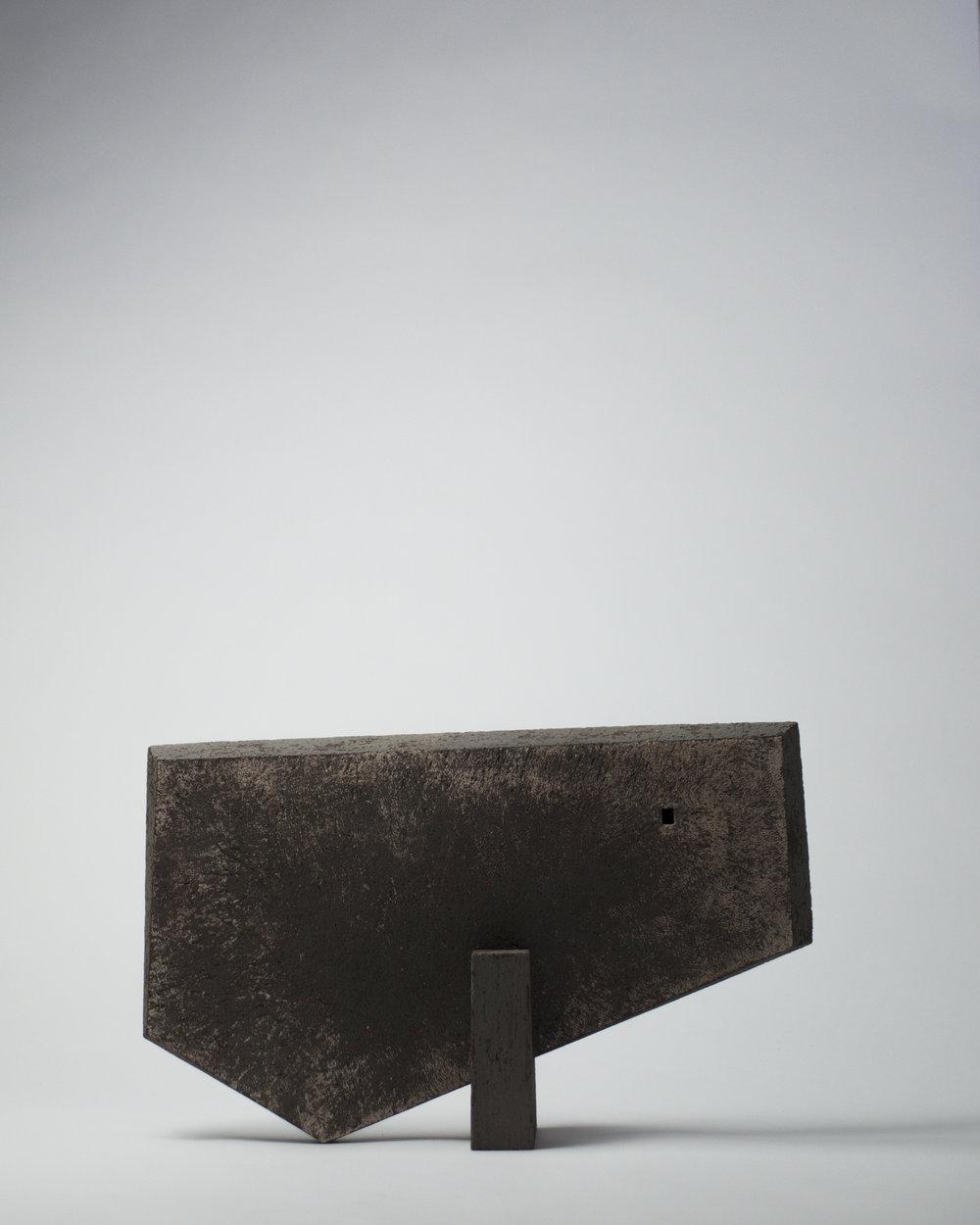 Figure en équilibre #6, 2017 - 9½ x 15¼ x 3¾ in