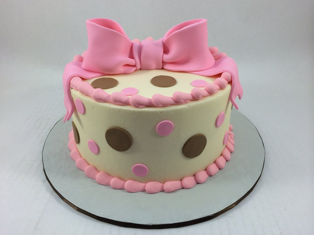 Cake pink bow polka dots.JPG