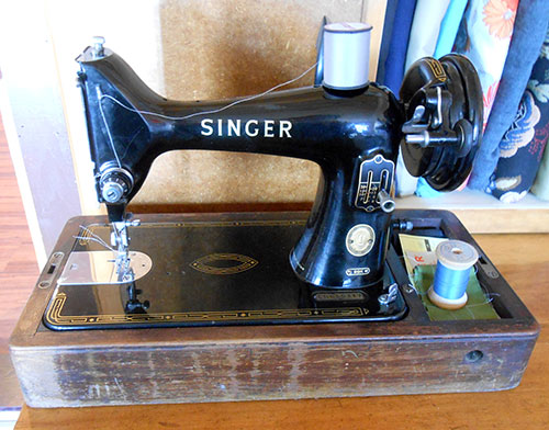 Vintage Singer 40k Sewing Machine Cleaning Restoring and Gorgeous Singer Sewing Machine Cleaning