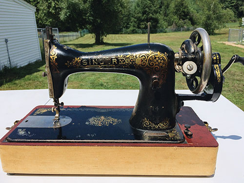 Singer 40 Restoring Cleaning And Using The Mermaid's Den Inspiration Antique Singer Sewing Machine Model 15 91
