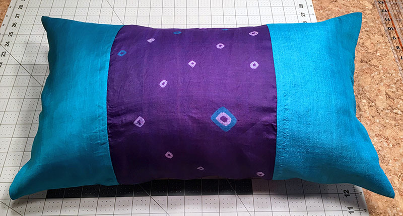 Sewing tutorial: Easy silk sari pillow sham