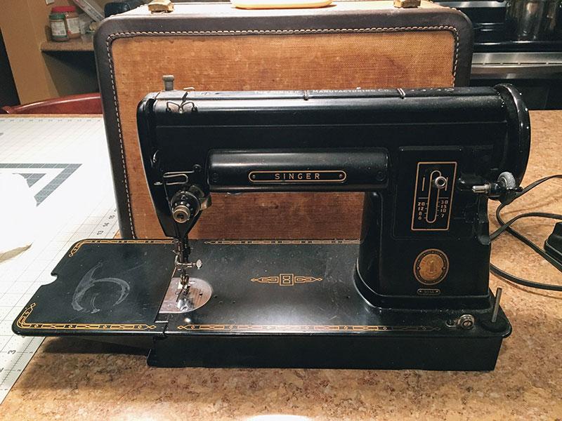 Singer 301 Sewing Machine