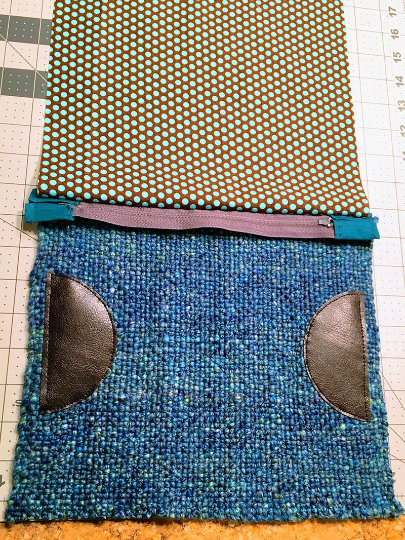 Easy Woven Zipper Bag from Handspun Yarn