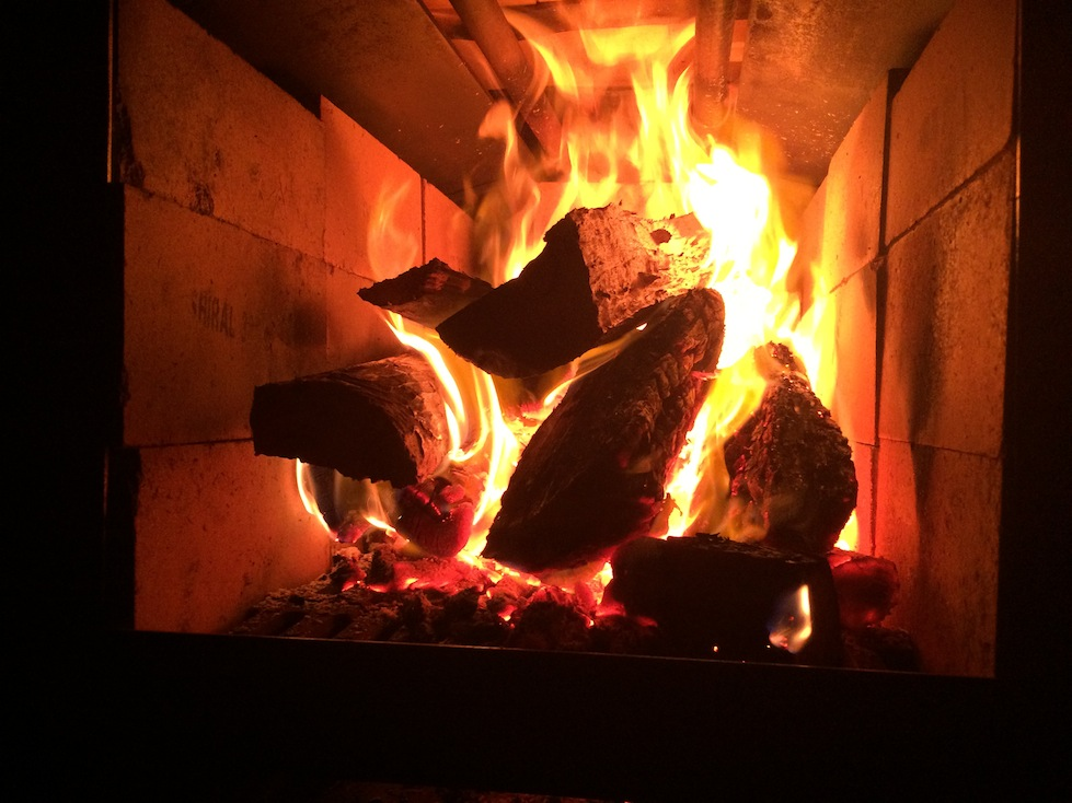 The Artisan Woodfired Oven Firebox in action.