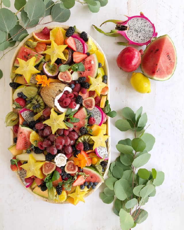crudites and fruit platters-02.jpg