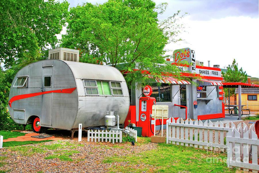 vintage-trailer-and-diner-in-bisbee-arizona-charlene-mitchell.jpg